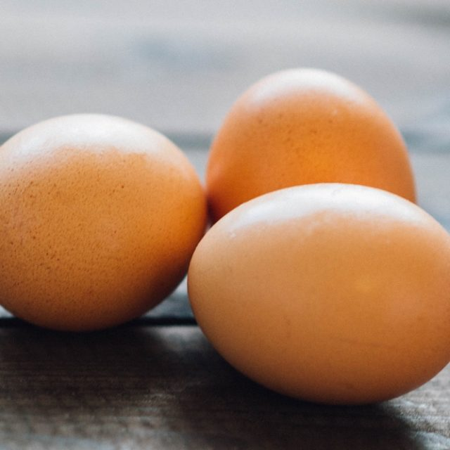 How to test eggs for Freshness, Fertility and Meat/Blood Spots